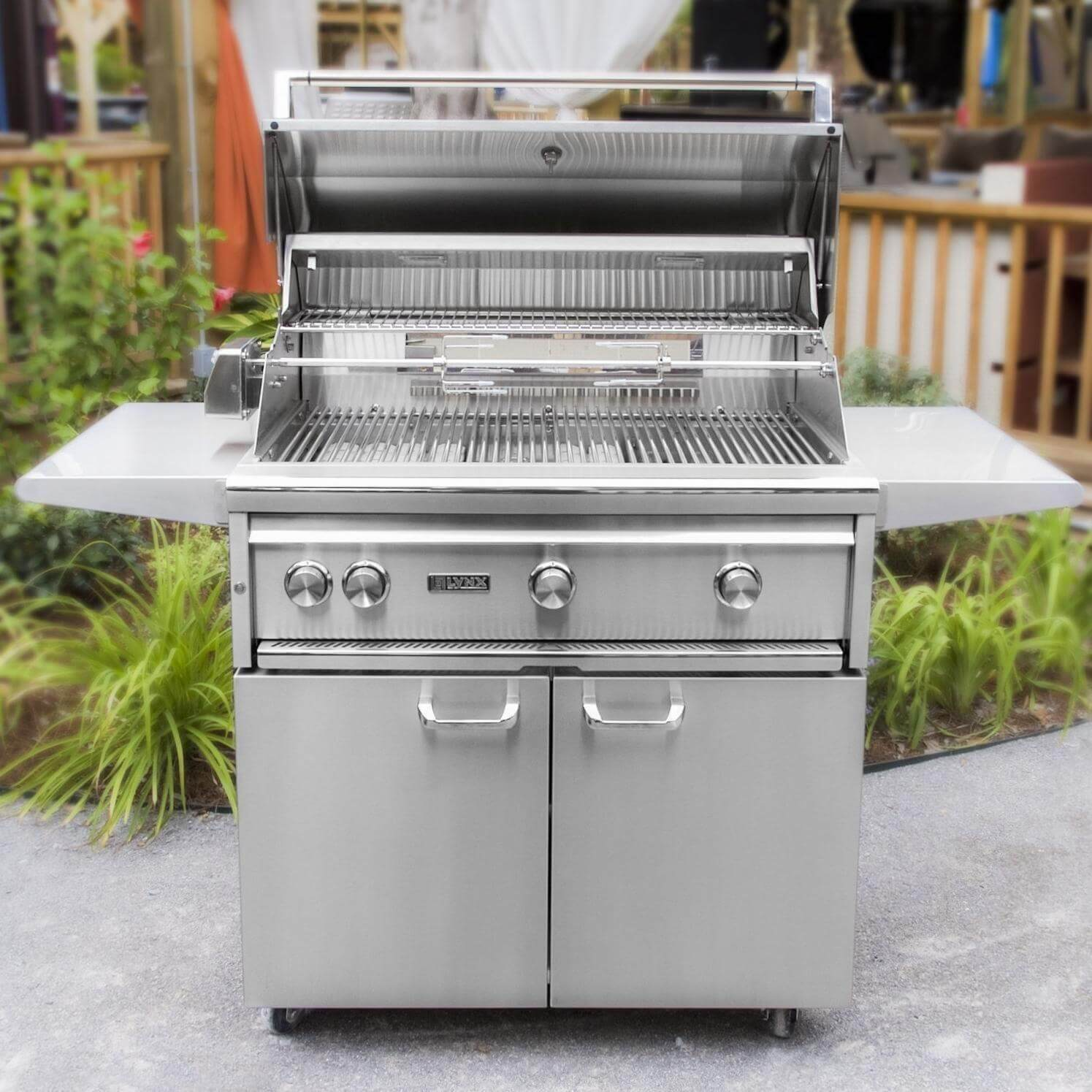 Lynx 36 Freestanding Grill With Prosear 2 Burner And